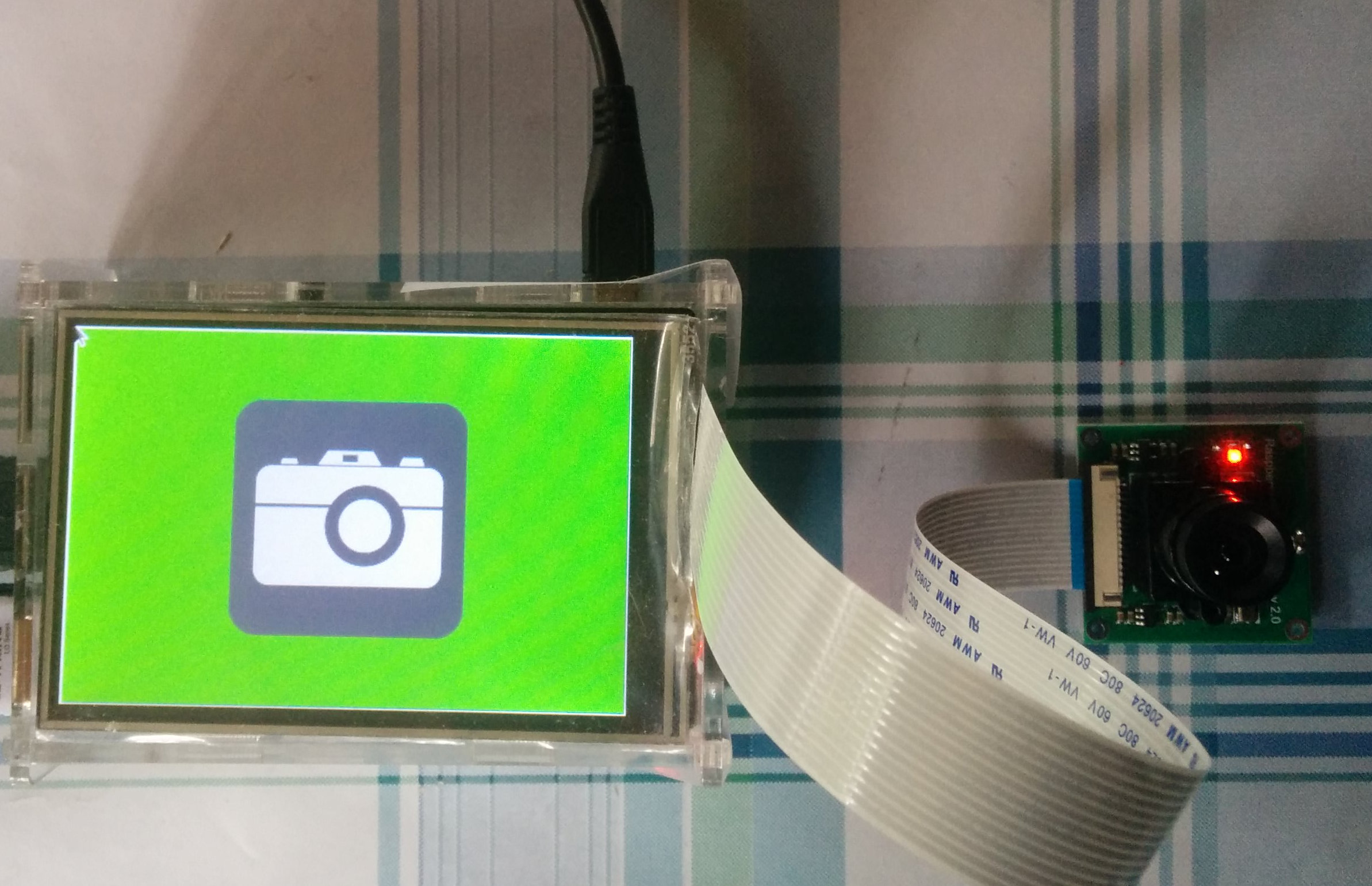 Raspberry Pi photobooth application without the case